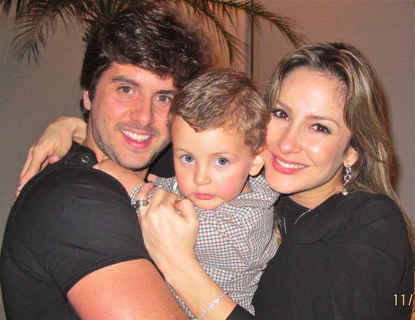 TMVbijoux: Claudia Leitte e Marcio Pedreira, com seu filho ...