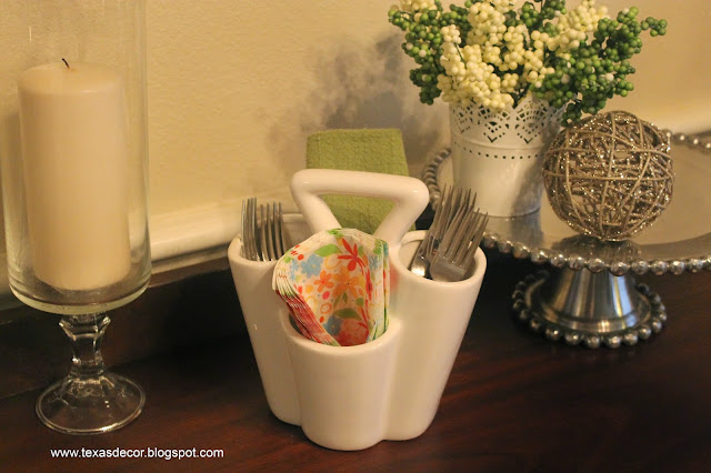 white ceramic silverware caddy