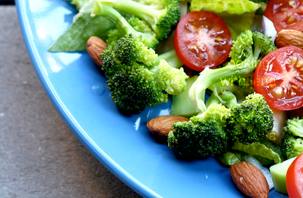 broccoli and almond salad