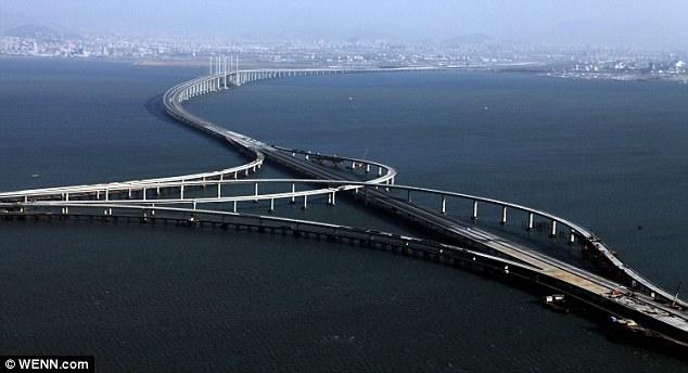 Jambatan paling panjang di dunia
