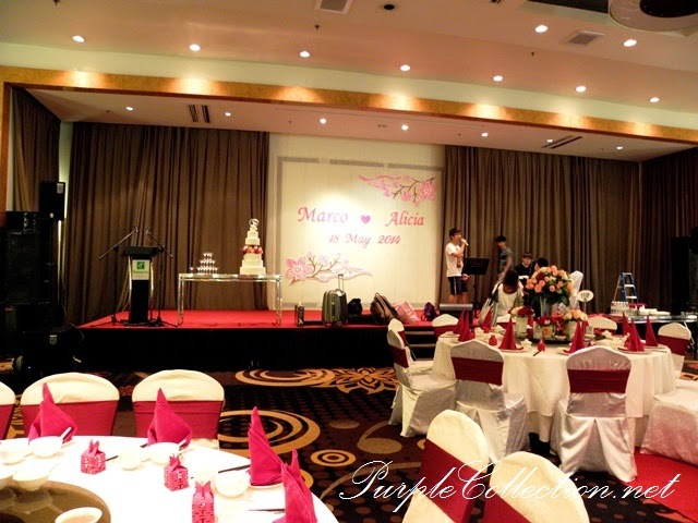 photo booth, sakura, cherry blossom, red, pink, gold, theme, wedding decoration, holiday inn kuala lumpur, glenmarie, subang, shah alam, decorator, online, website, package, affordable, bird cage, love birds, stage backdrop