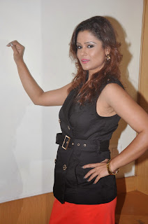 Shilpa Chakravarthy in Black Top and Lovely Red Mini Skirt Latest Pics
