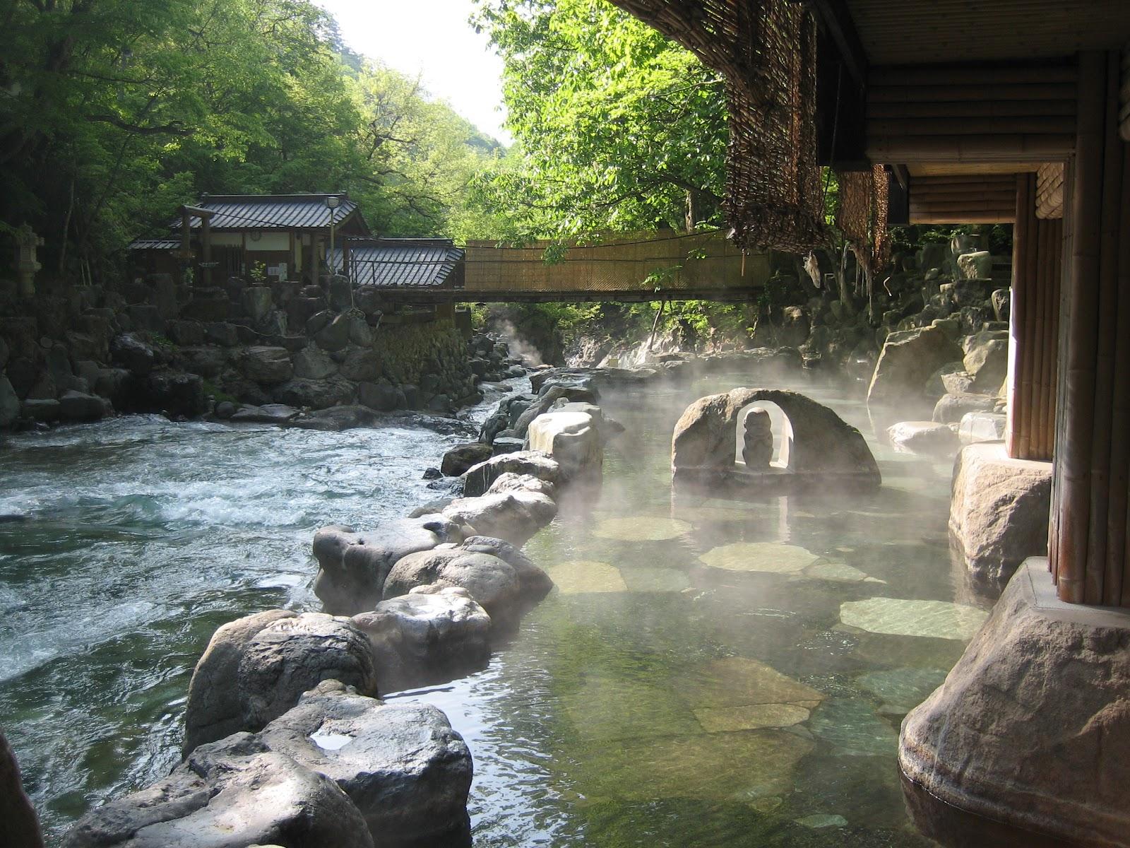 tokyo paris allers retours dans le bain japonais. Black Bedroom Furniture Sets. Home Design Ideas