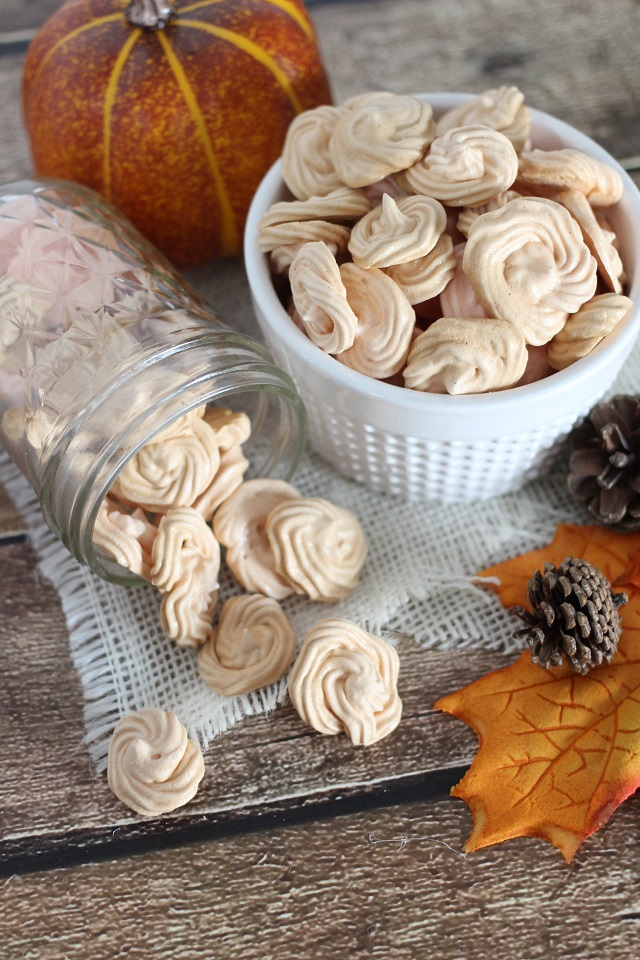 Pumpkin Spice Meringue Cookie Recipe