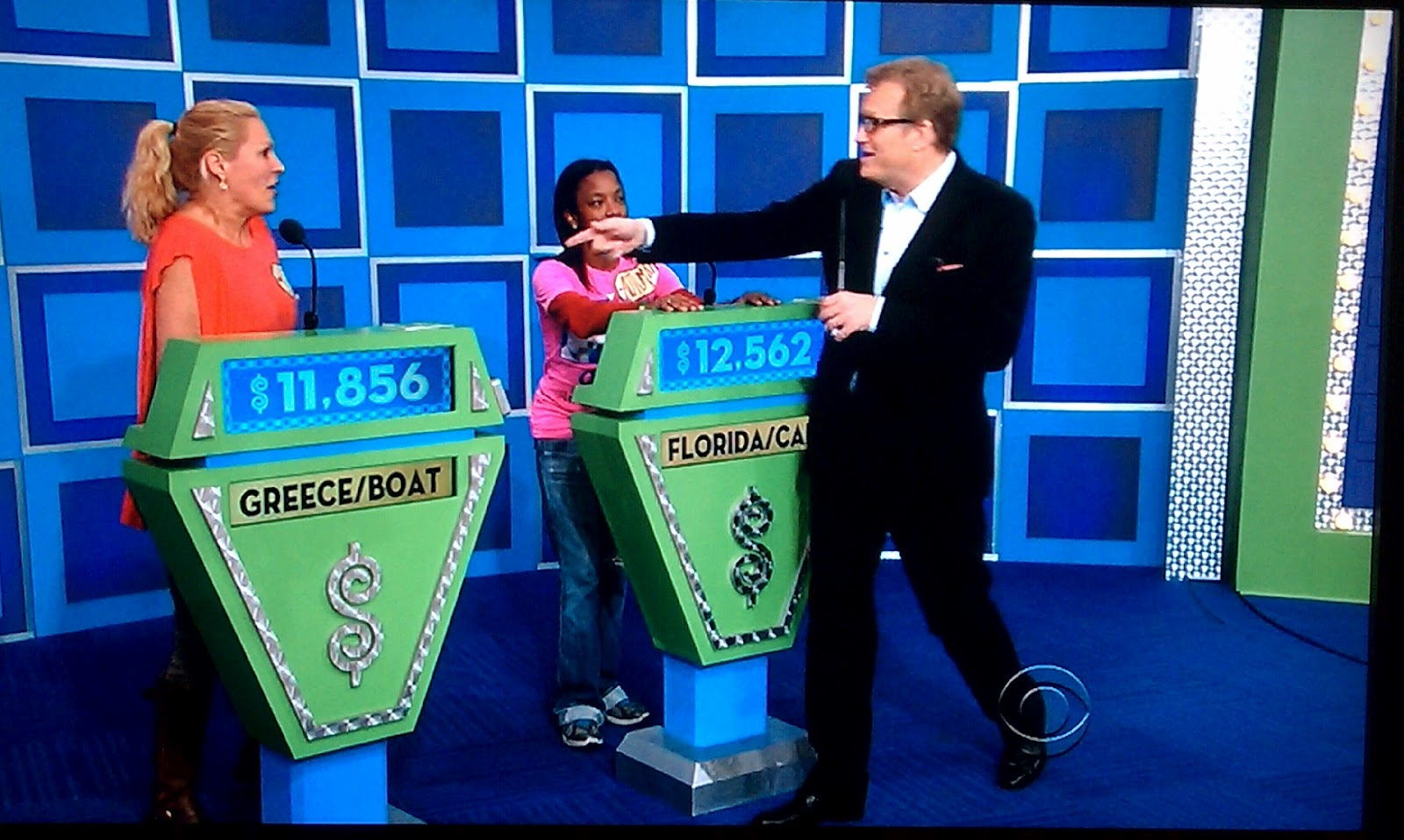 Showcase prizes on the price is right