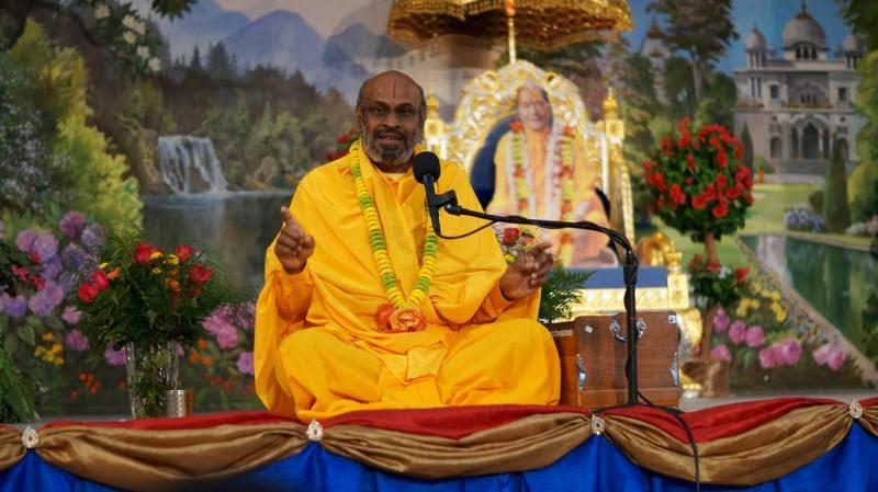 Swami Maheshvaranand, disciple of Jagadguru Kripaluji Maharaj, at Radha Govind Dham New York