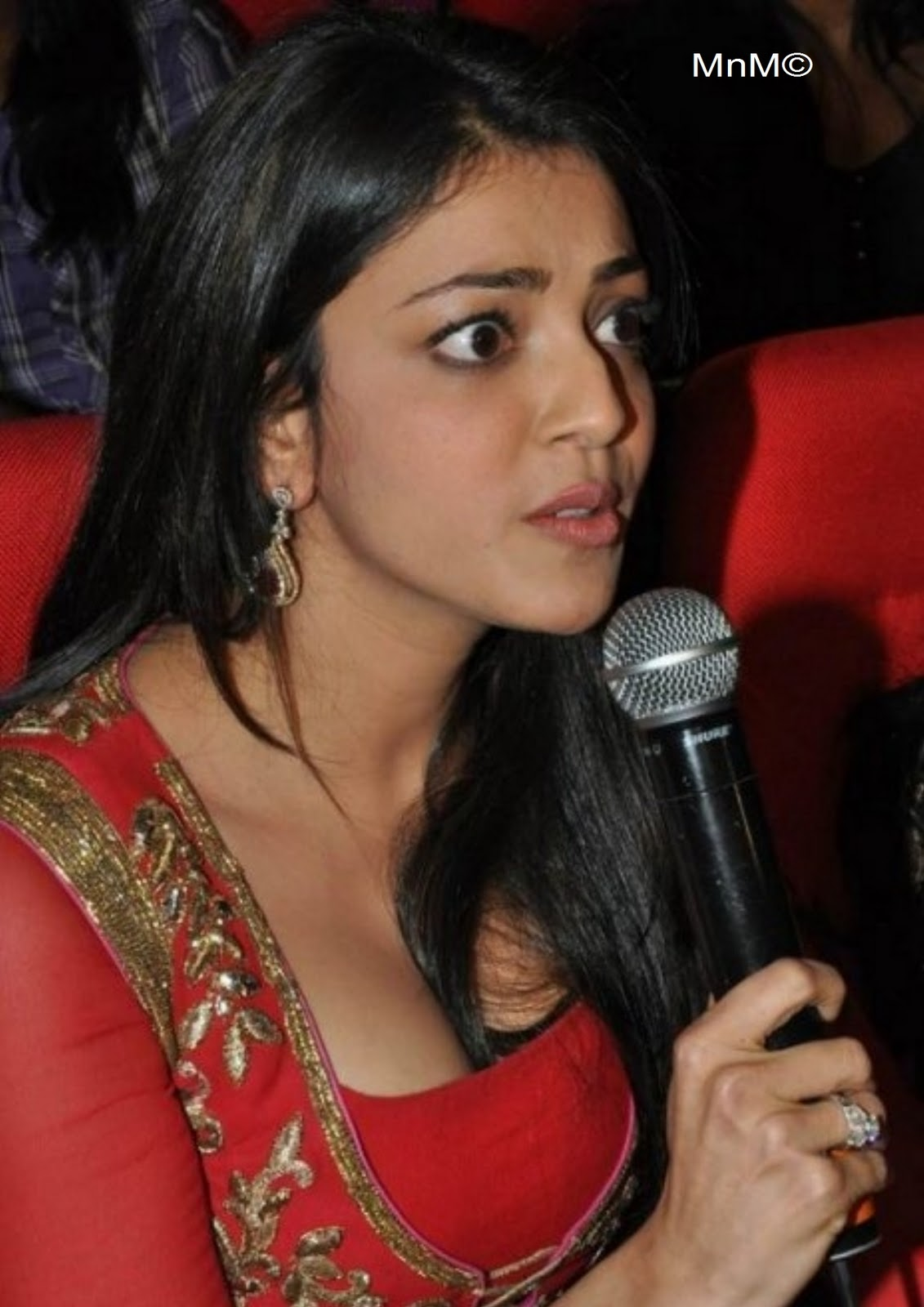 Kajal Agarwal Hot Cleavage Show In Red Dress