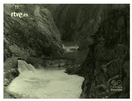el río DUERO a través de un tubo
