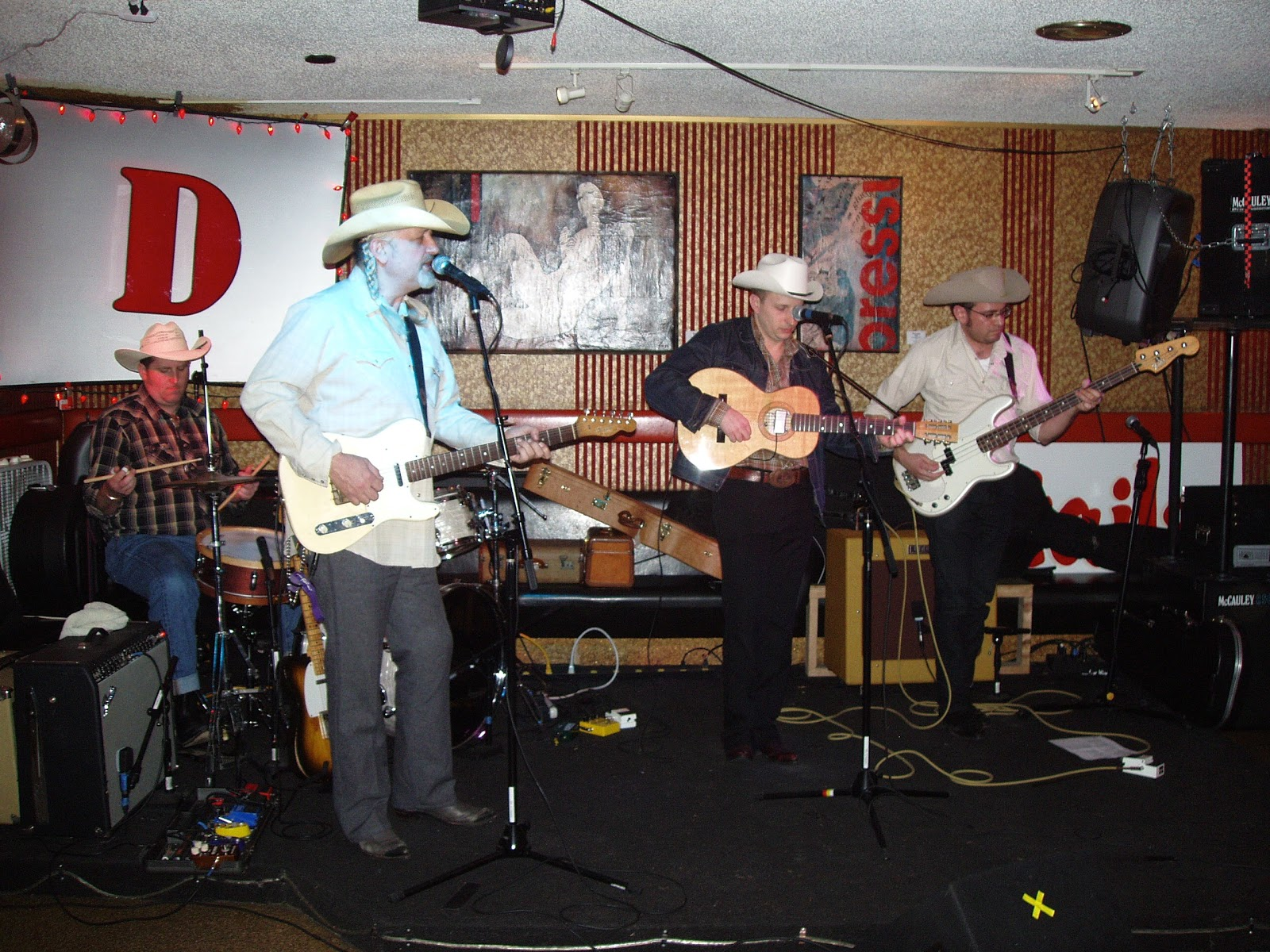 Live Seattle Music In The Clubs The Rug Cutters Bash And Cathie