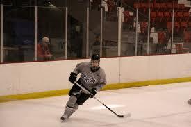 Loz Hockey. Ressource gratuite regroupant des trucs, conseils, vidéos et exercices pour les joueurs et entraîneurs de hockey