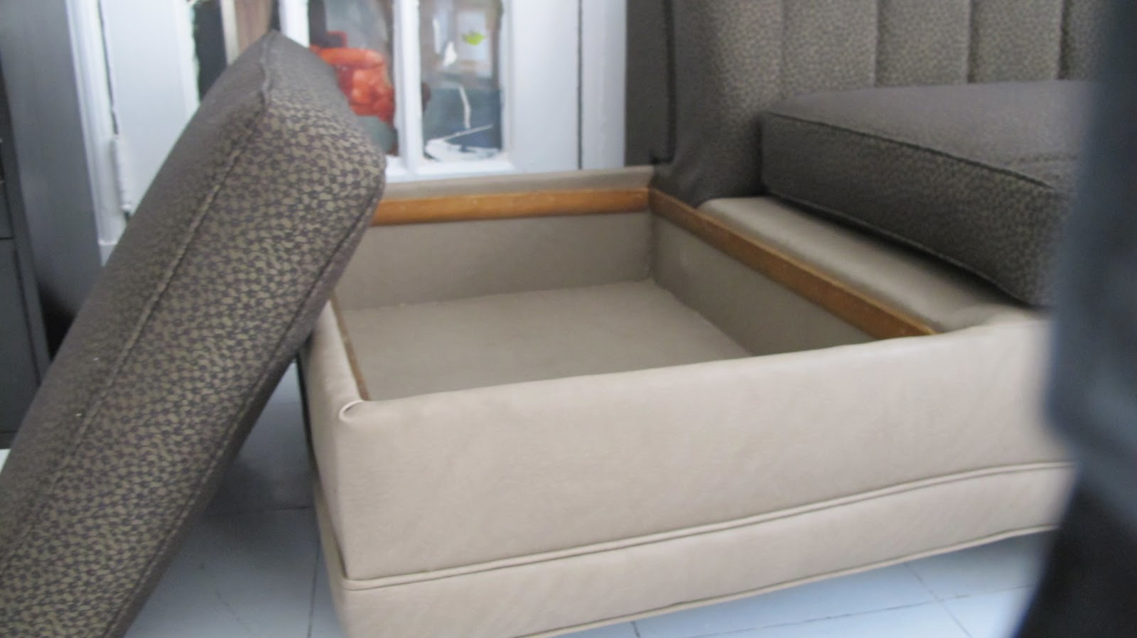 How Much Is It To Reupholster A Couch Home Improvement
