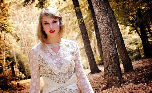 Taylor Swift Blue Eye Girl Wallpapers