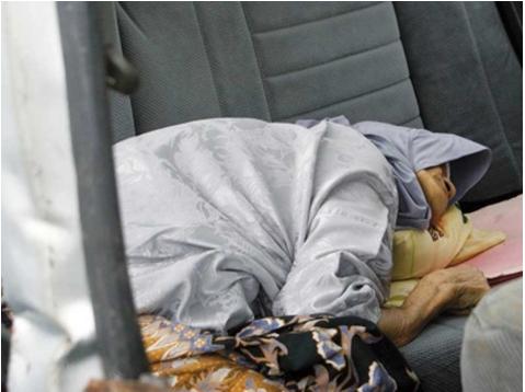 BINATANG BERTOPENGKAN MANUSIA Nenek 75 Tahun Dirogol Kerana RM20