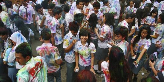 Siswi SMA 4 Denpasar Raih Nilai UN Tertinggi