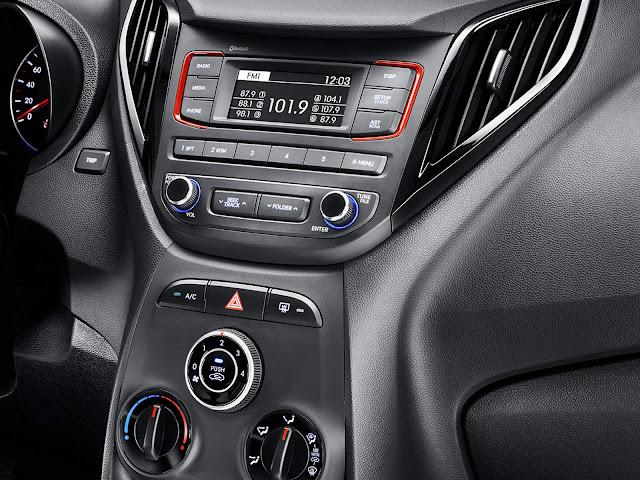 Hyundai HB20 2016 R-Spec - interior