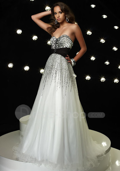 Prom Gowns 2012 Pics