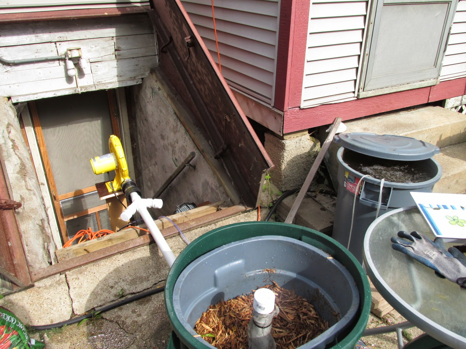 In Vessel ASP and Actively Aerated Compost Tea Brewer