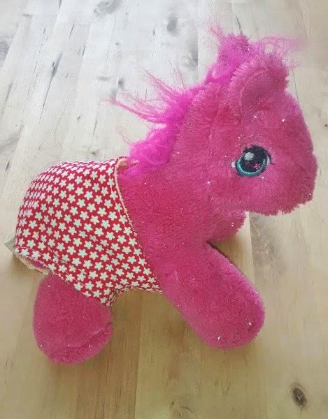 Frechmopsi: Puppen... ääääääh Ponywindel