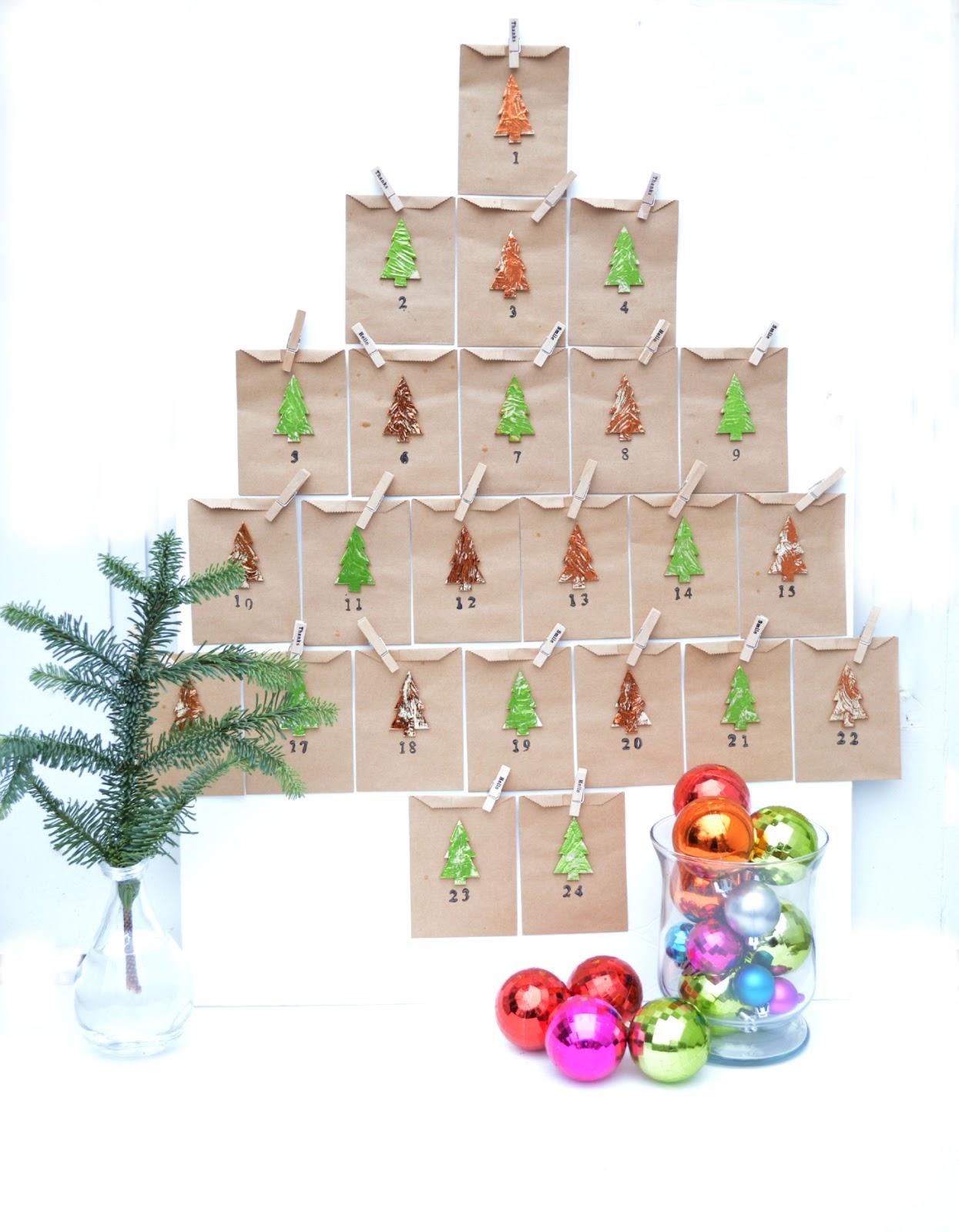Advent Calendar DIY with Decofoil.
