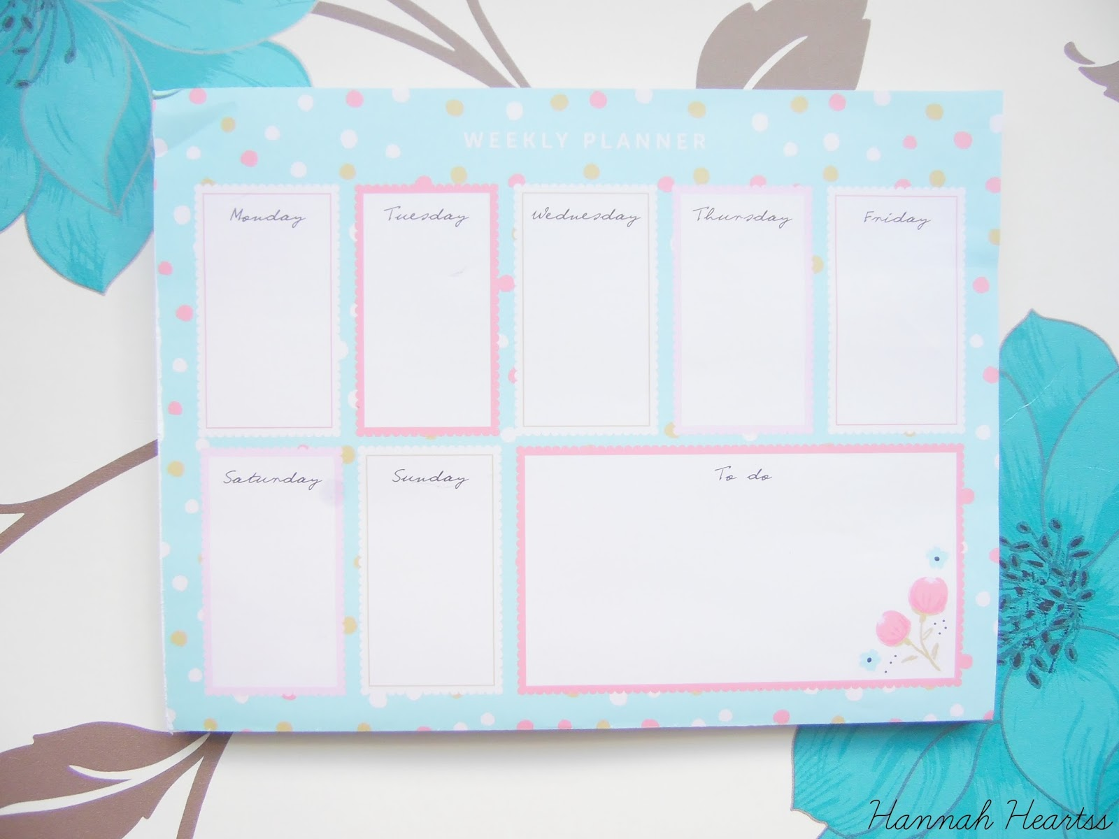 Busy B Weekly Planner