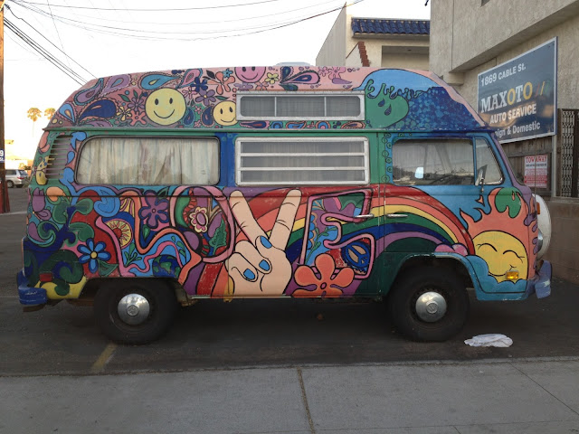 Street Art and Graffiti in San Diego : Graffiti 1: VW bus Ocean Beach: ginakirkishstreetart.blogspot.com/2013/07/graffiti-1-vw-bus-ocean...