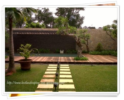 AGUNG DESIGN CENTER: PHOTO TAMAN - Backyard