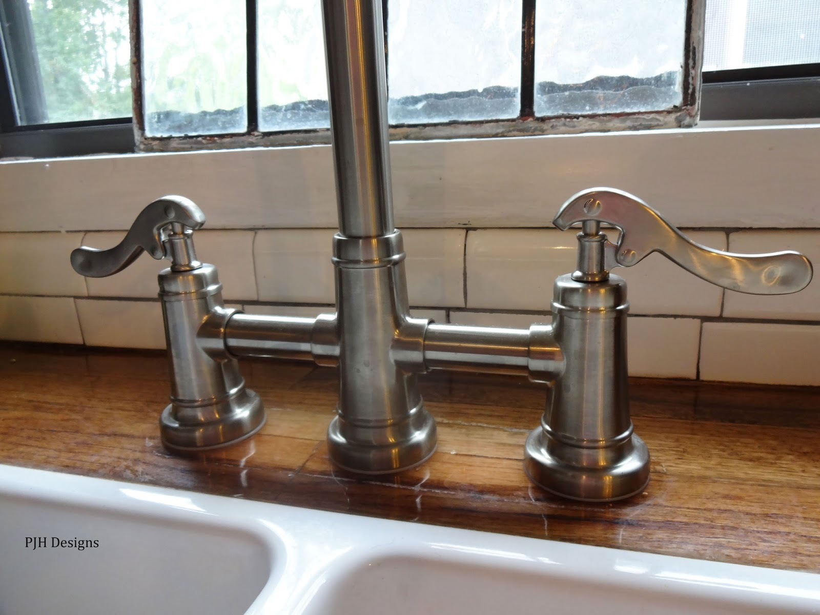 picture suggestion for old style kitchen faucets old moen faucet logo old moen kitchen faucet parts old