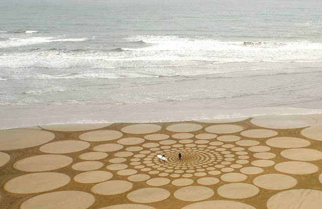 The Colossal Land Art of Jim Denevan