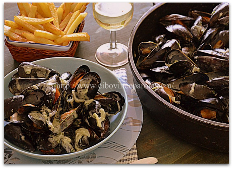 Mussels with Roquefort - recipe