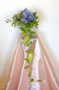 Cắm hoa trang trí phòng khách 04