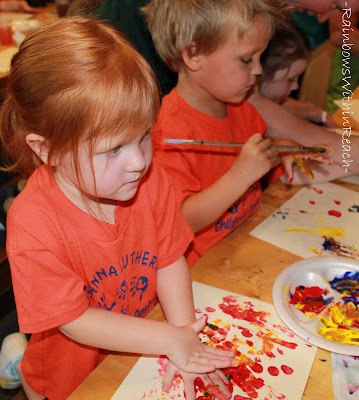 photo of: Preschool Process Painting, fingerpaint, children's art in preschool