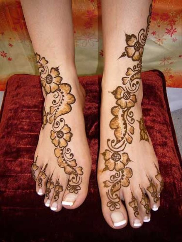 Mehndi Leg Designs : Floral henna design learn to make flower with