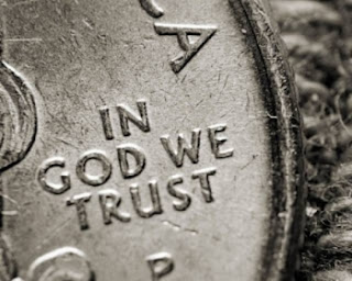 http://4.bp.blogspot.com/-oncLjYIZlTc/UOGzVKtFbEI/AAAAAAAAE70/joocsQbE2mg/s1600/coin-in-god-we-trust.jpg