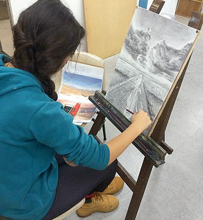 横浜美術学院の中学生向け教室 美術クラブ 言葉からイメージするデッサン『家』7