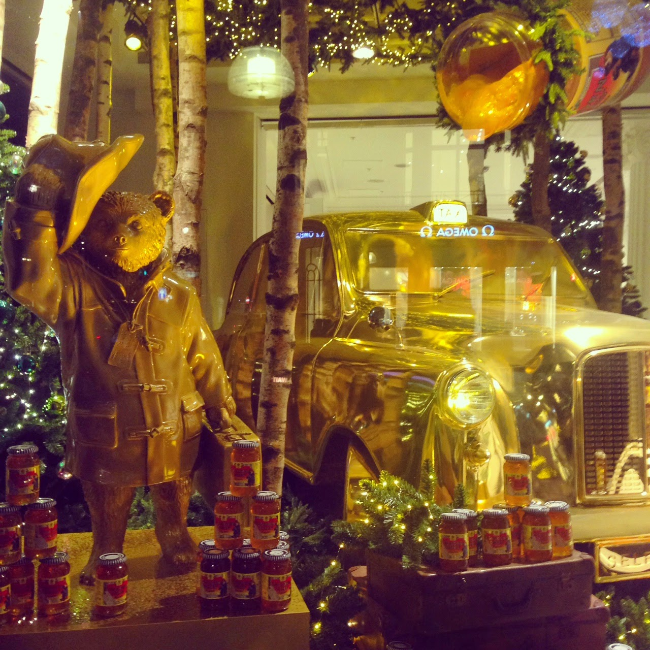 Christmas At Selfridges: Paddington Bear And Personalized Nutella