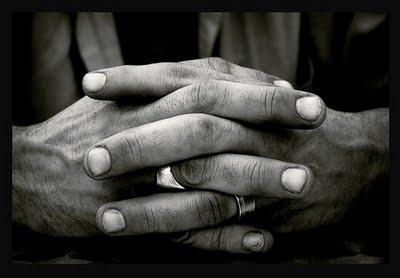 maos, cruzadas,dedos