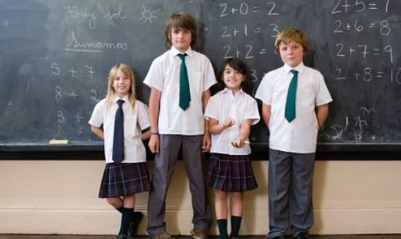 french gcse advantages and disadvantages school uniform A phrases for gcse french speaking on school  rules: (uniform) je n'aime pas l'uniforme - c'est ridicule et on ne peut pas montrer son individualité.