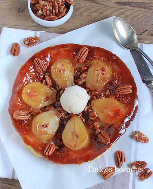 Tarta tatin de pera y nueces pecanas - Dulces bocados