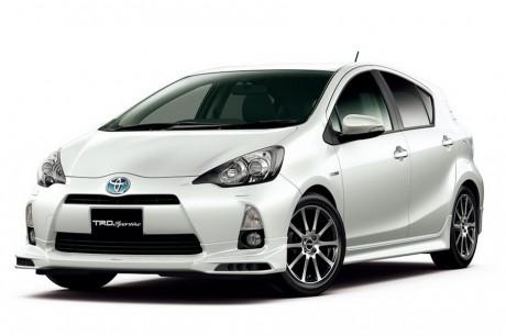 Toyota Aqua 価格リスト2012