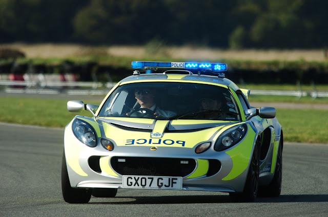 Australia dan Inggris – Lotus Exige Cruiser
