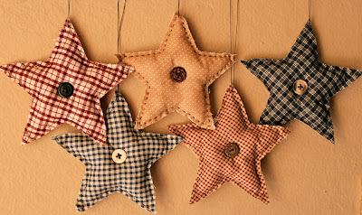 And then I made some primitive fabric stars. I simply cut fabric in