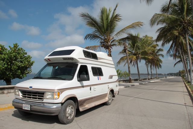 Ford Coachmen Van submited images.