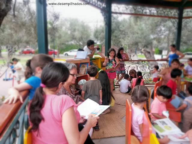 Leitura de livros em Lima para crianças. Peru with kids. Books lovers.