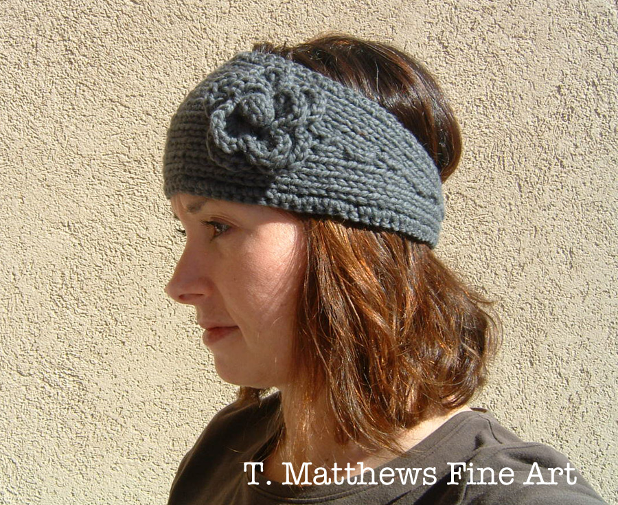 Knitting Pattern For A Headband With Flower : T. Matthews Fine Art: Free Knitting Pattern - Headband Ear Warmer (Thick Yarn...