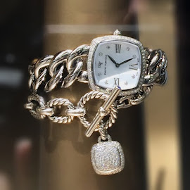 David Yurman Albion diamond watch and bracelet.