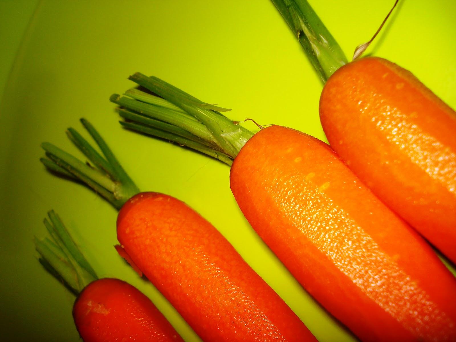 salade de carottes et choux romanesco ou brocolis. Black Bedroom Furniture Sets. Home Design Ideas