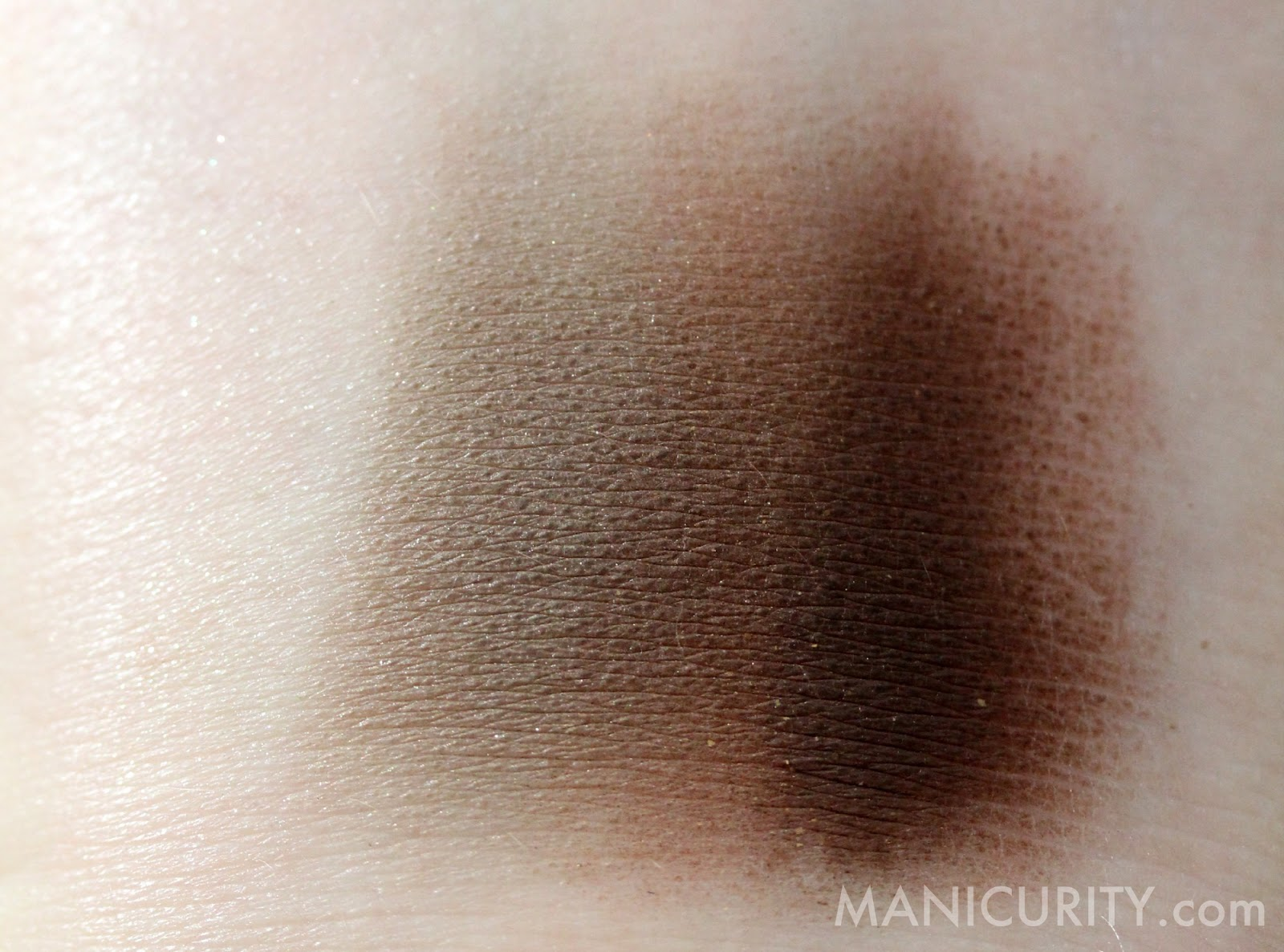 Use Eyeshadow As Eyeliner Wet And Dry Application Below I've Swatched  Browbone, Eyelid, Crease, And Definer Right Next To