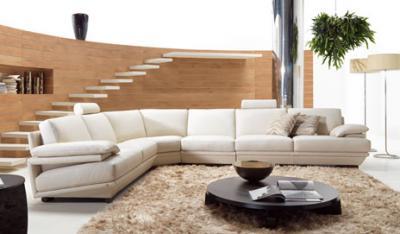Informati, Italia: Natuzzi delocalizza e licenzia: i divani ...
