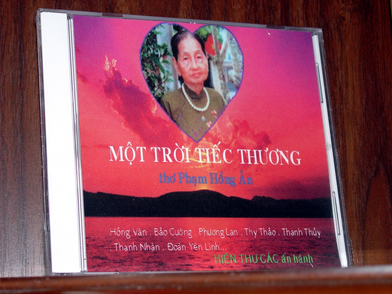 CD ngâm thơ: Một TRời Tiếc Thương
