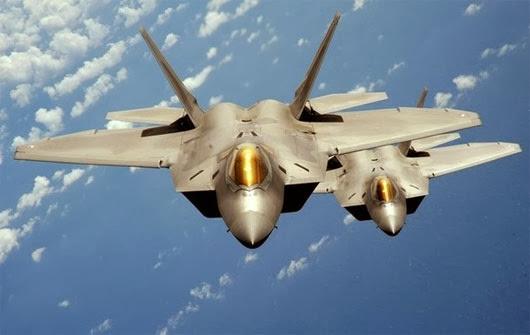 Một chiến đấu cơ tàng hình Mỹ F-22 Raptor - (Ảnh: Reuters)